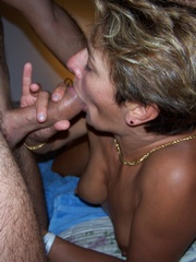 Amateur sex pictures of hot mature couple