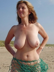 Big natural tits pics, beach naked photos
