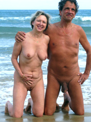 Married, mature couples, swingers,..