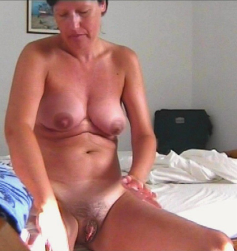 hot lonely wifes