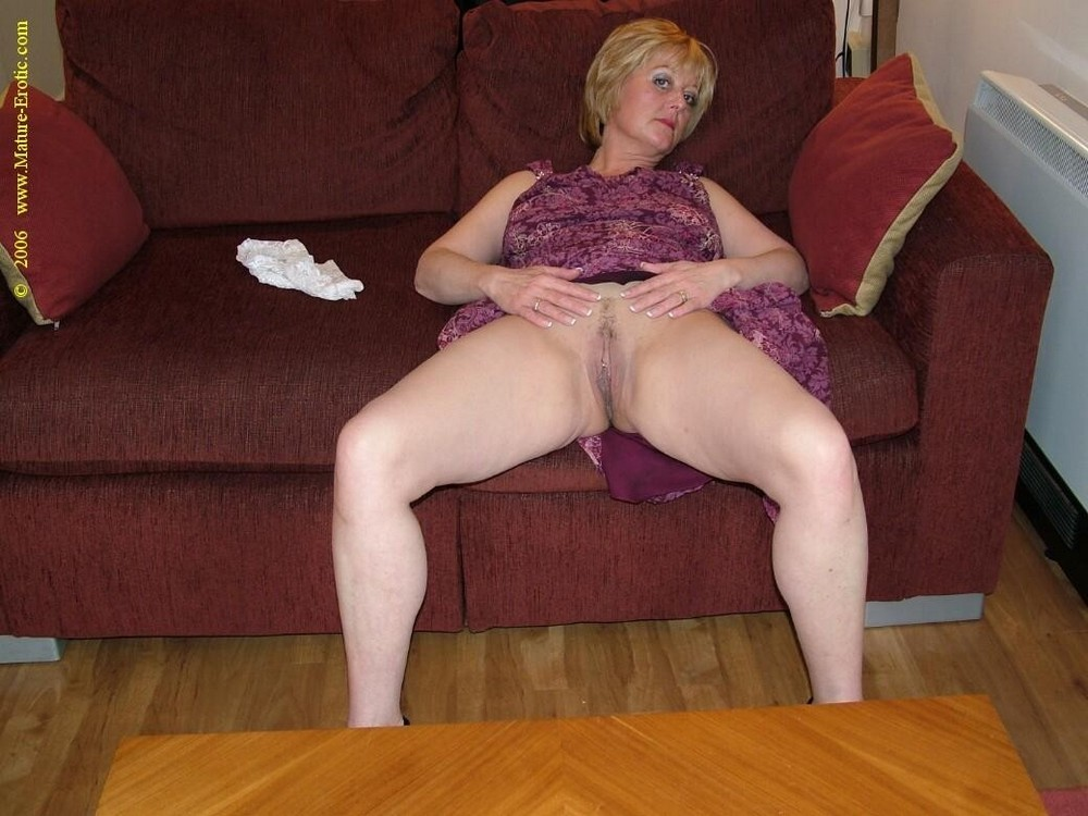 Amateur Female Mature Solo