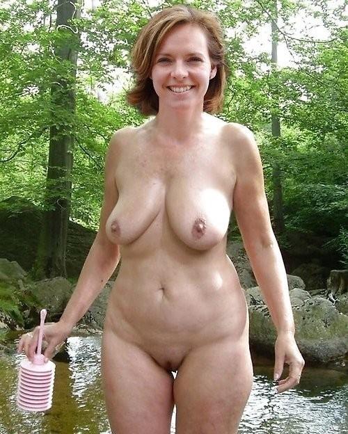 ms howard stern naked