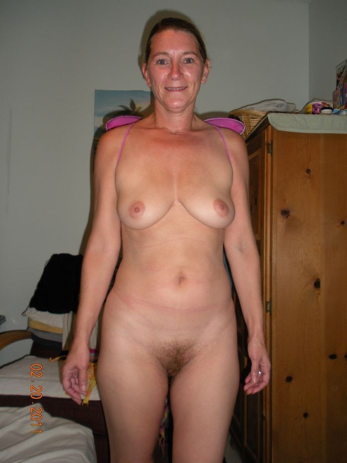 Lonely housewives naked