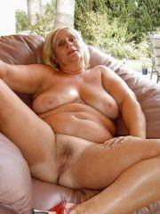 Moms like it big