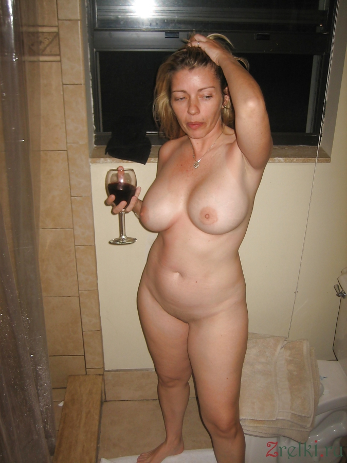 big women Naked mature