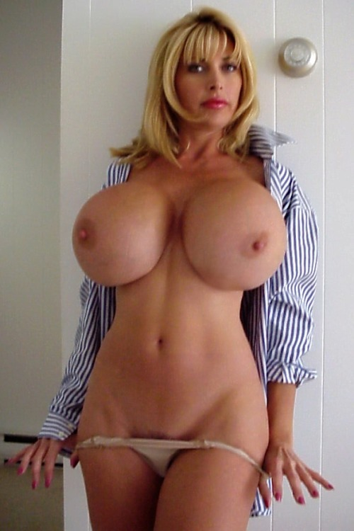 Big tits hotties and curvy amateur moms naked here - big photo #2