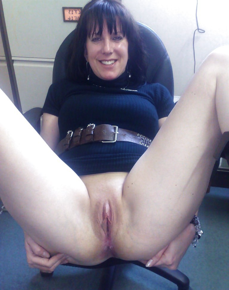 Dildo double ended using woman