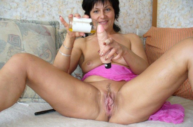 women with large sex toys